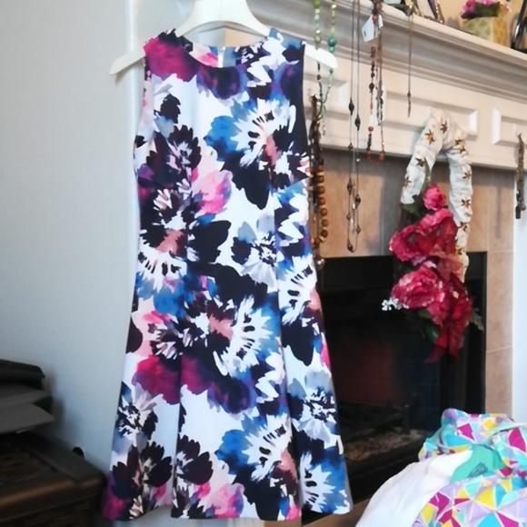 DKNY Florals Dress size 4
